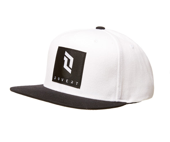 Emblem Snapback in White and Black