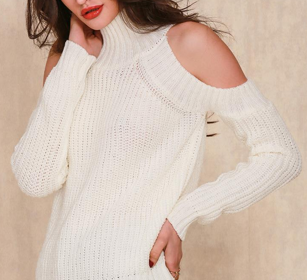 Xoxo 5th Avenue Turtleneck Off Shoulder Tricot Pullover