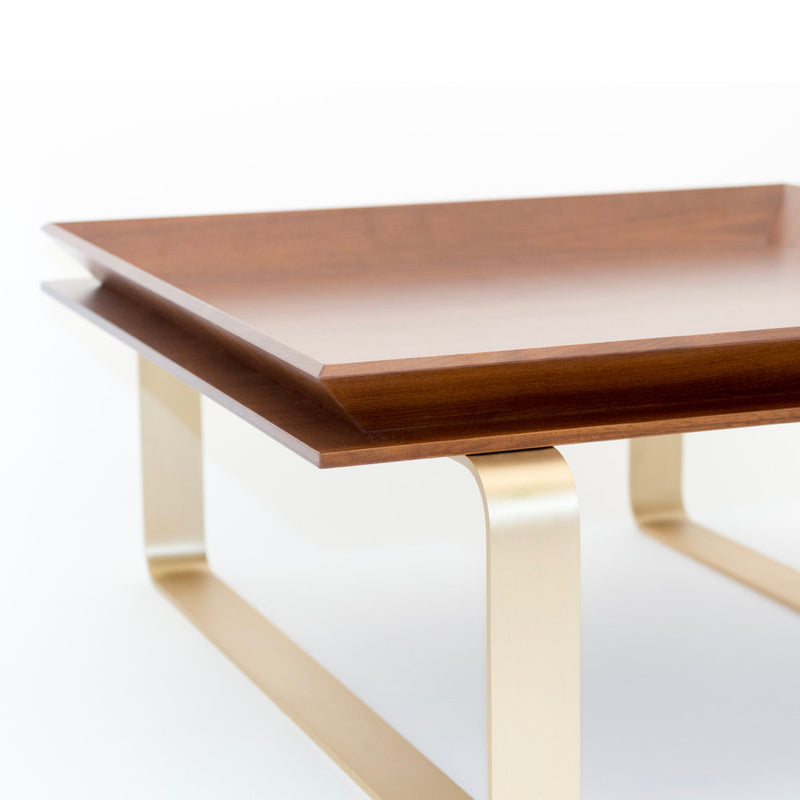 LE-TABLE-WALNUT-BRASS-WALNUT-AND-BRASS-TRAY