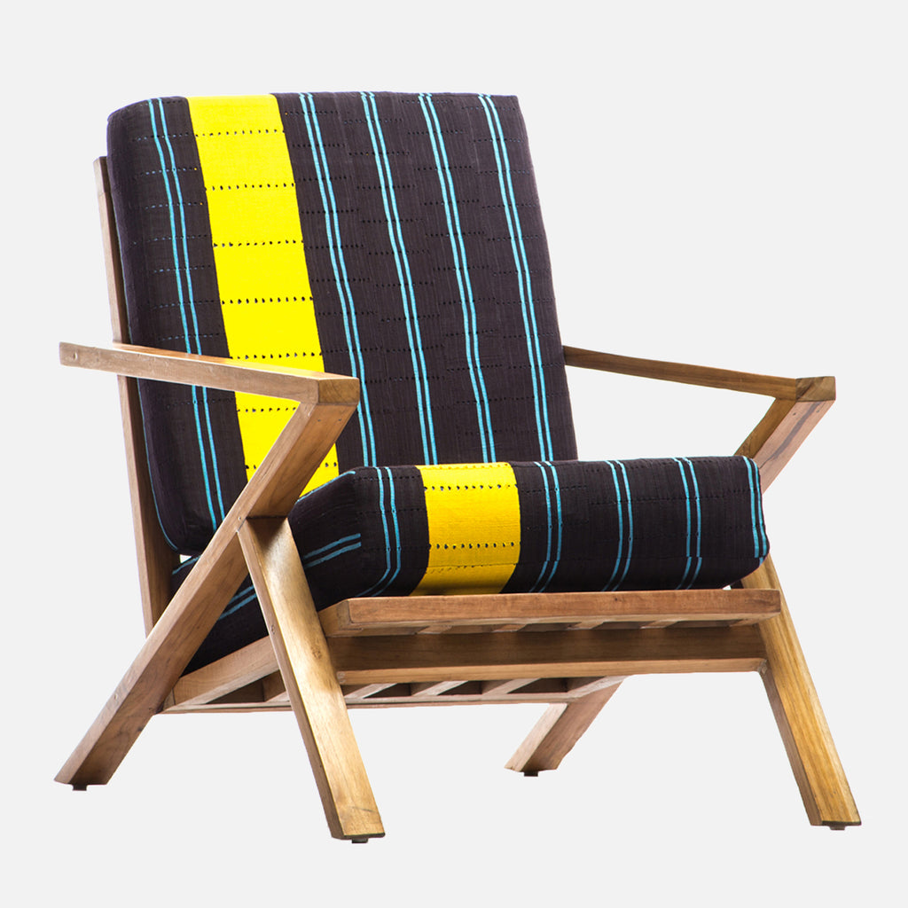 LINE-CHAIR-ARABA