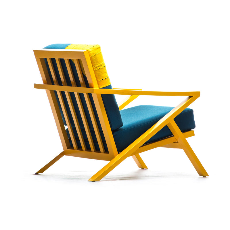 LINE-CHAIR-OSAN-MODERN-LOUNGE-CHAIR-WITH-OTTOMAN-
