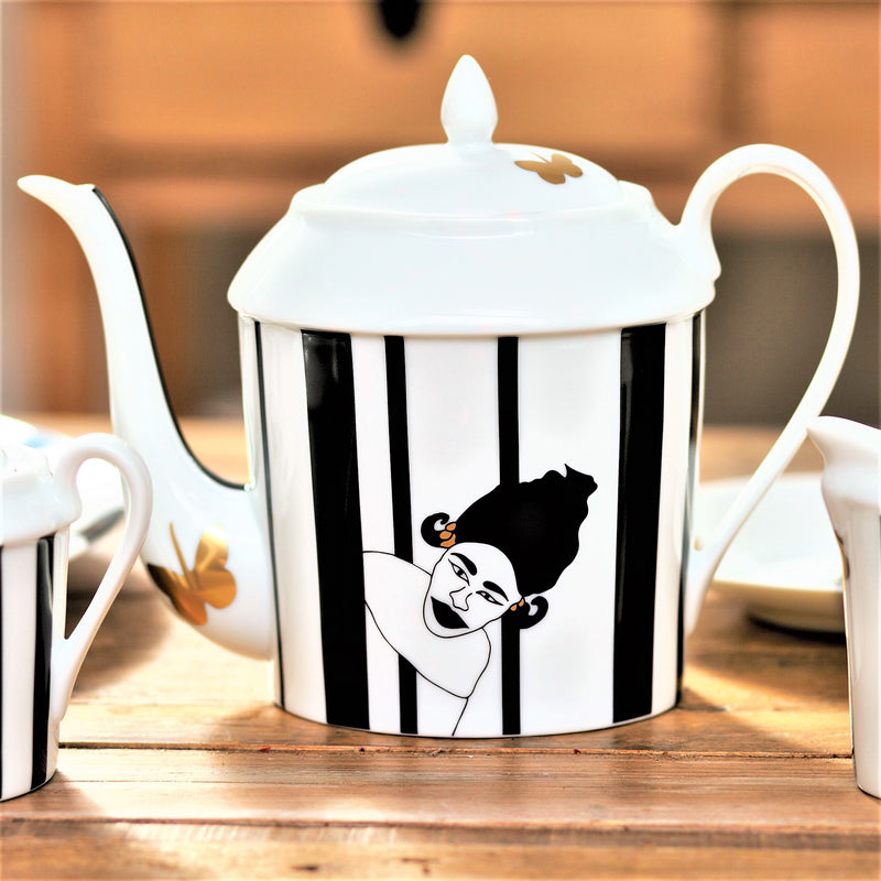 Nguka-Limoges-tea-pot-Black-white-with-lid