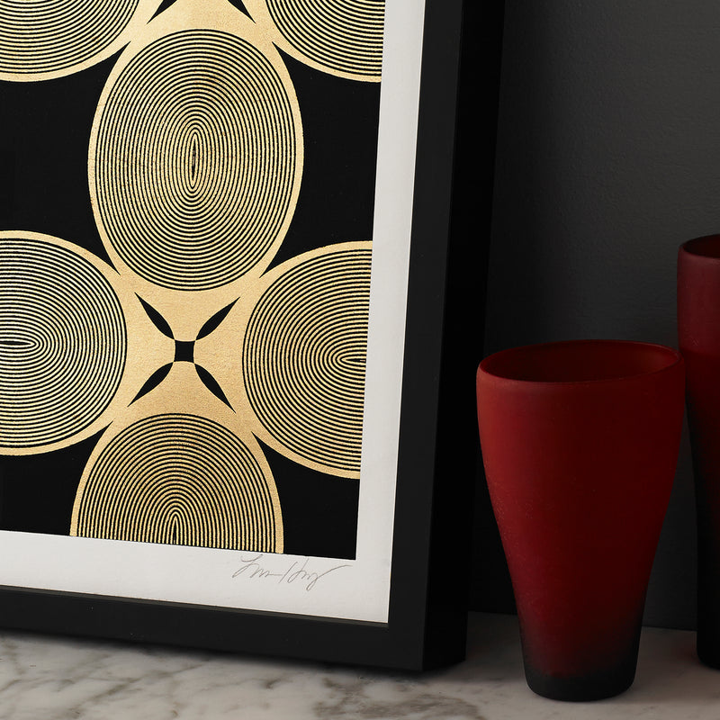 ROYAL-PALM-REPEAT-BLACK-GOLD-PRINT-FRAMED-MODERN