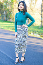 Load image into Gallery viewer, KIM - FITTED MIDI SKIRT PDF PATTERN