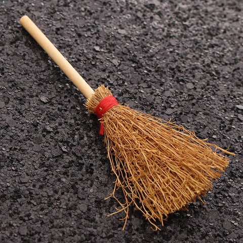 Mini Miniature House Besom 1/12 Scale Furniture Figurines Ornaments Gadget Doll house Decor for Decorative Craft Kids Toy