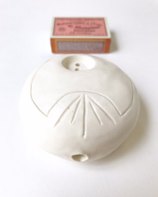 sold - matte white peace pipe smoker