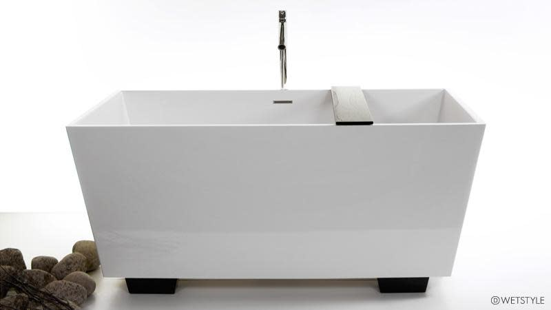 Wetstyle Cube Collection BC0802 Free Standing Soaker Tub 60\