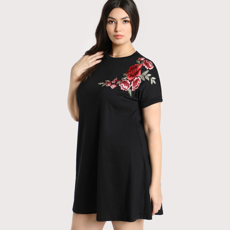 Curvy -  Floral Short Embroidered Rose Patch Tee Dress