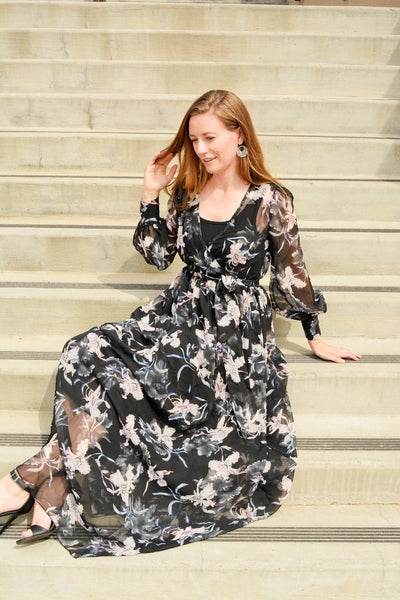 Flowy Maxi Dress in Black