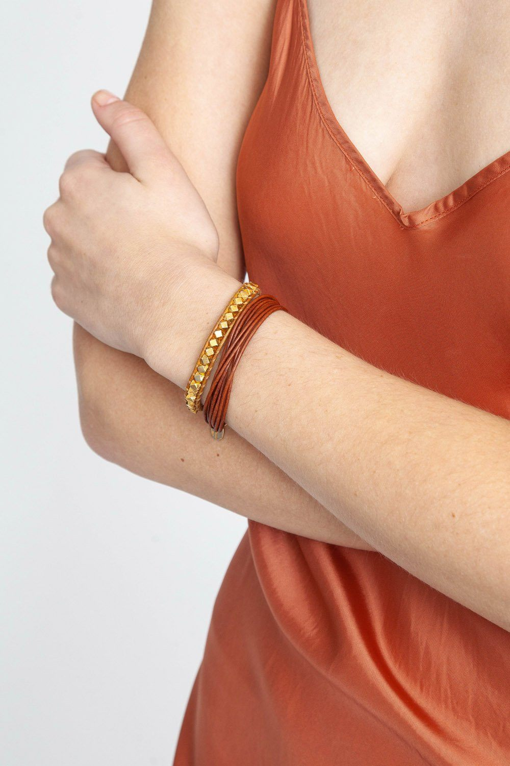 Gold Bead Single Wrap Bracelet