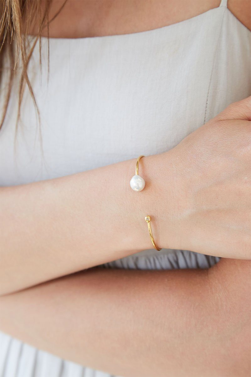 White Pearl and Gold Diamond Cuff