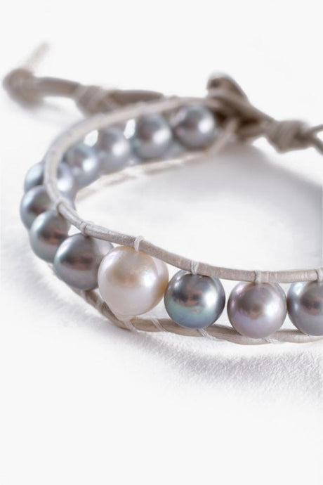Grey Pearl Single Bracelet On Grey Leather