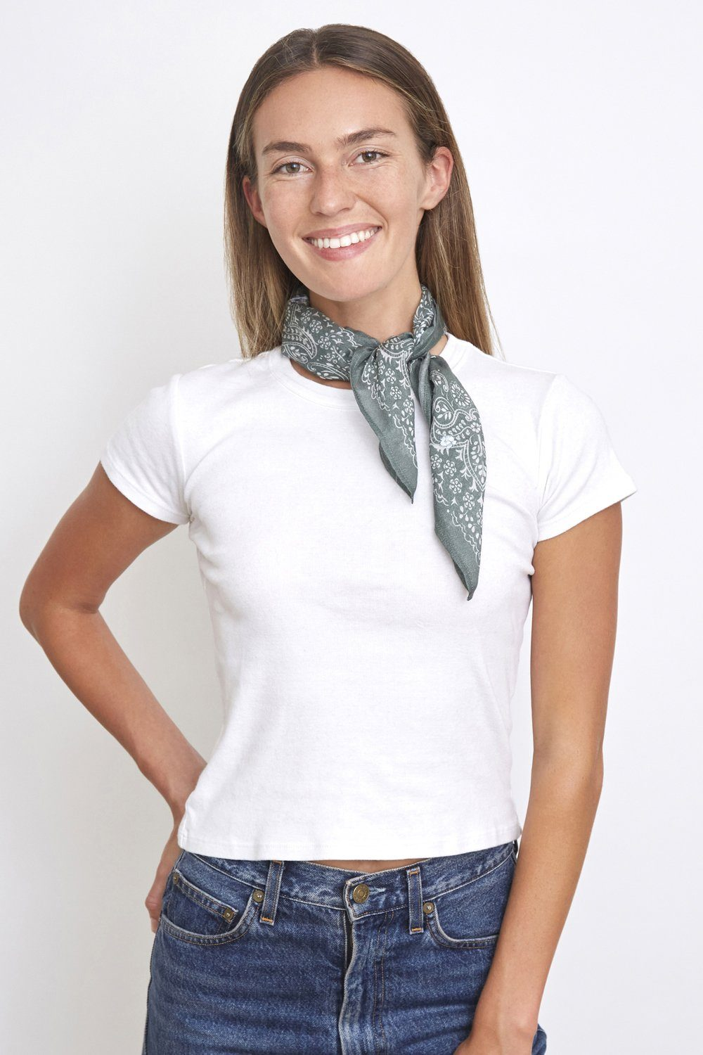 Laurel Wreath Embroidered Bandana