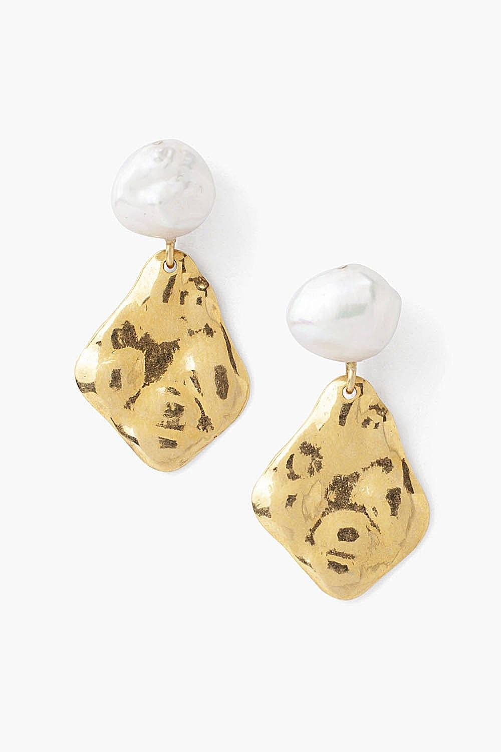 Tiered Gold and White Pearl Earrings