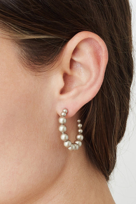 Standard Platinum Pearl Holly Hoop Earrings