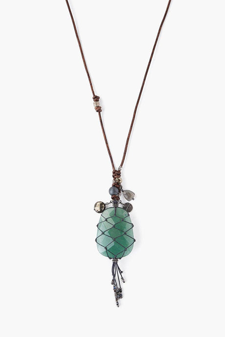 Green Aventurine Macramé Leather Cord Necklace