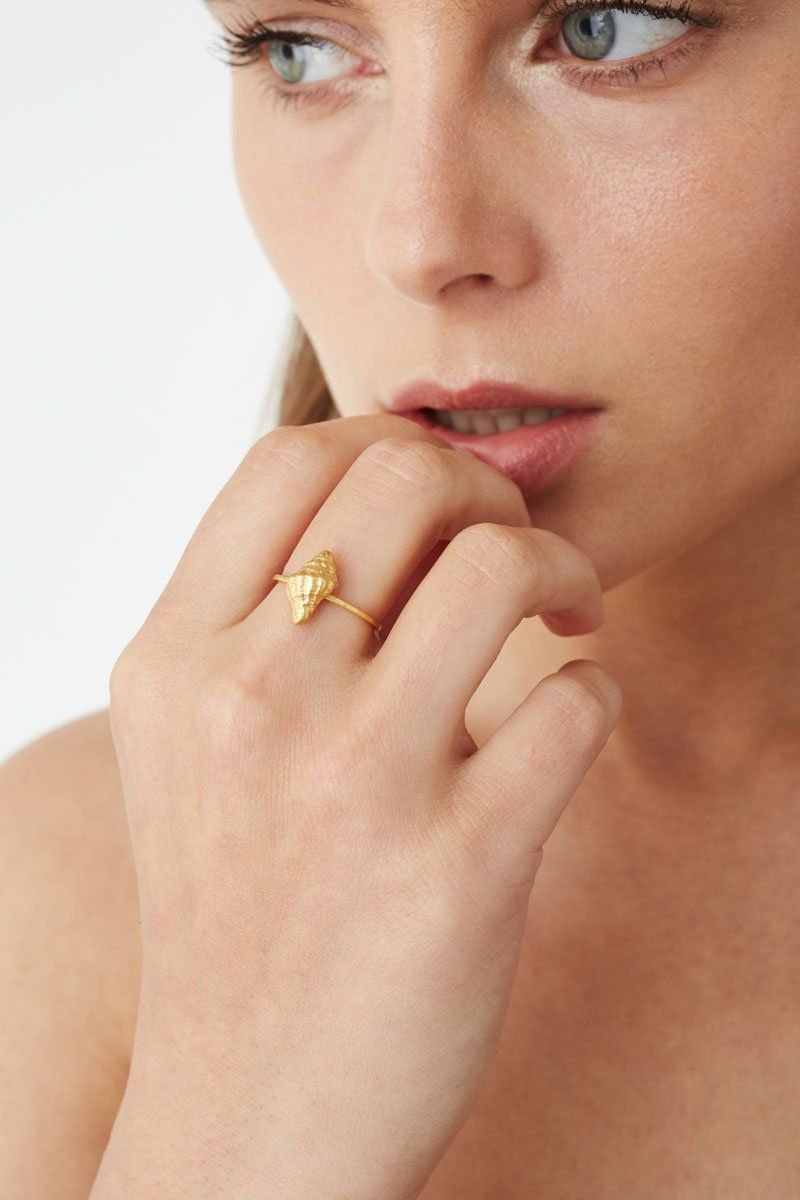 Gold Seashell Stacker Ring