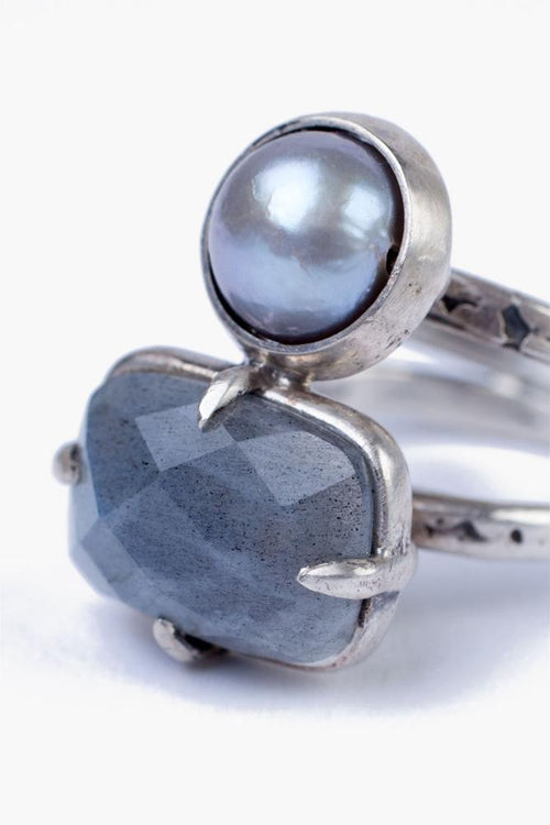 Labradorite Mix Grey Pearl Ring