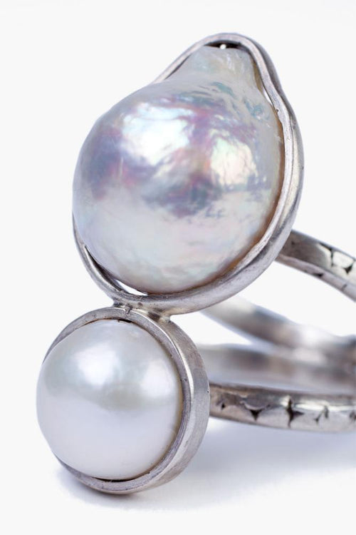 White Mabé Pearl Ring