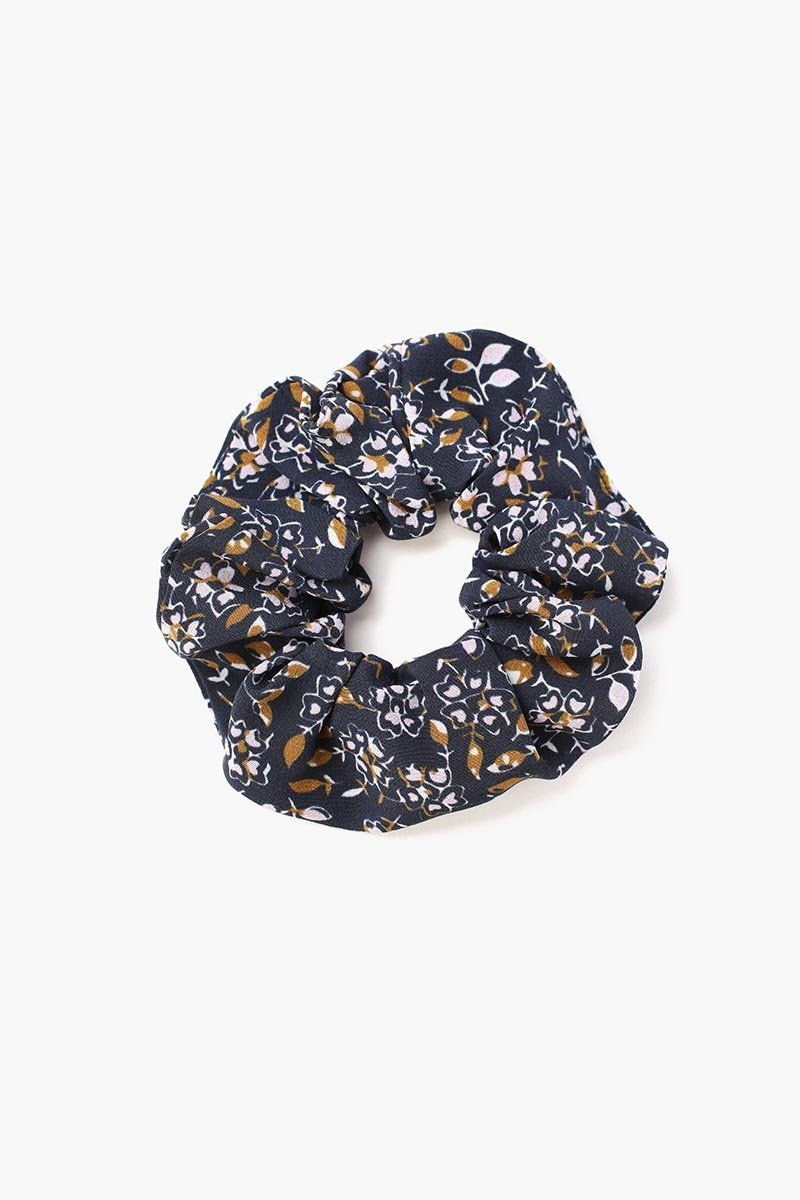 Total Eclipse Mix Vintage Floral Print Scrunchie