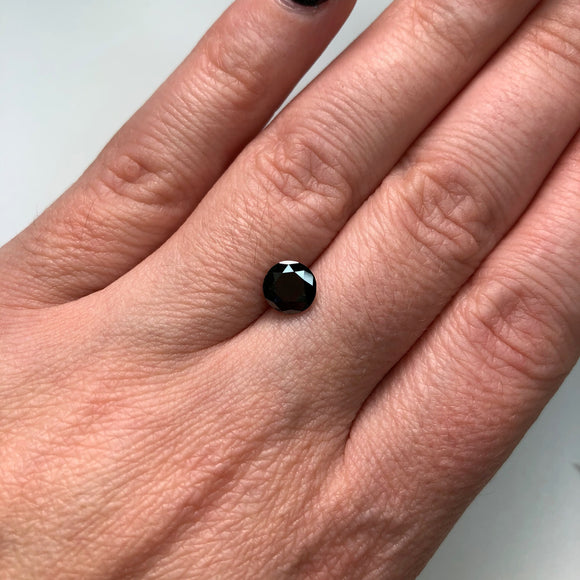 1.26ct 6.81x6.69x4.40mm Black Round Brilliant B-026-1