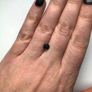 0.74ct 5.76x5.73x3.39mm Black Round Brilliant B-028-8