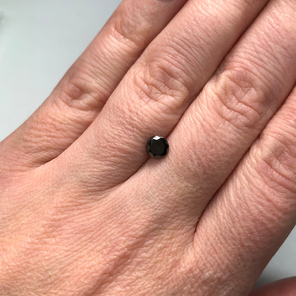 0.60ct 5.30x5.20x3.00mm Black Round Brilliant B027-1