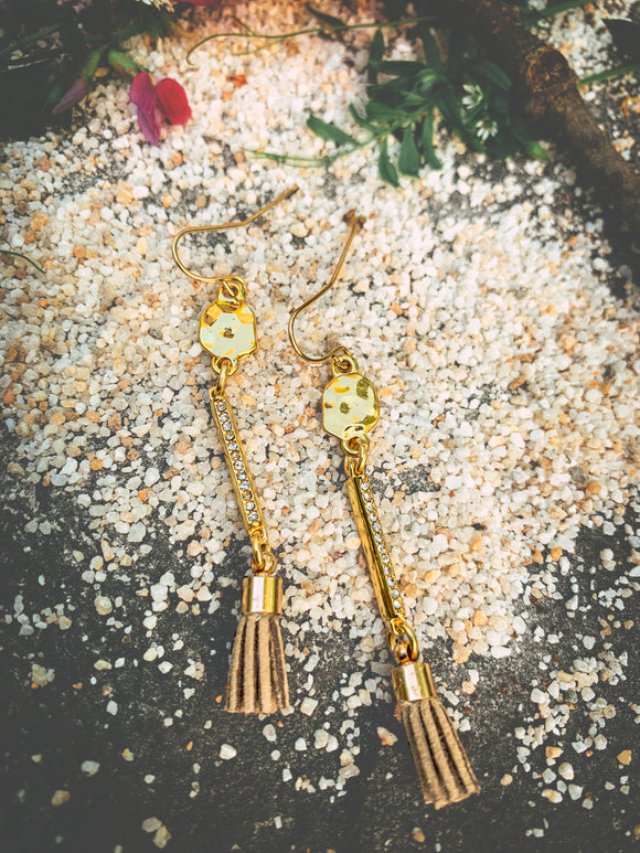 Linear-Texture-Sparkle Bar-Tassel Earring