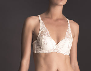 Darkness Indulgent Magic. Brassiere con copa y aro.