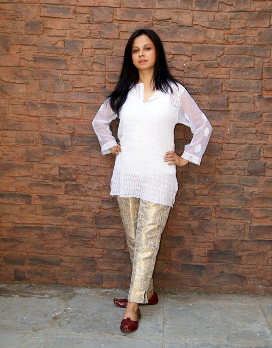 Hand Embroidered White Faux Georgette Lucknow Chikankari Kurti