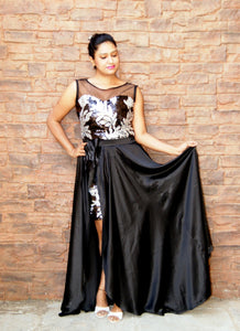A Never-Fail Style Black Long Sleeveless Two Piece Prom Dress