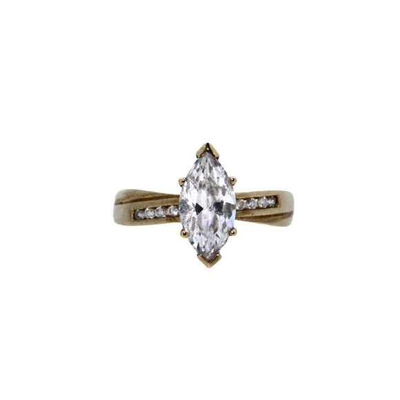 >Mia< 9ct Gold Marquise Set CZ Ring