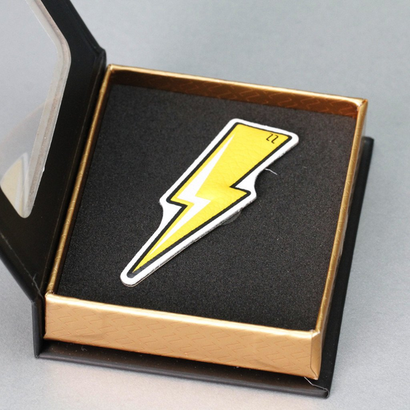 Pop lightning bolt luxury sticker