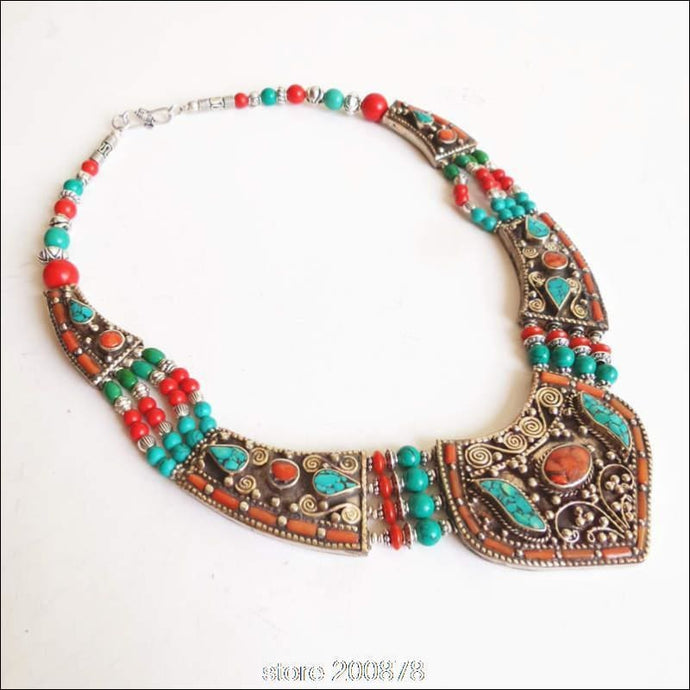 Handmade Nepalese White Copper inlaid Stone and Coral  Pendant necklace 45cm long - Samsara Online