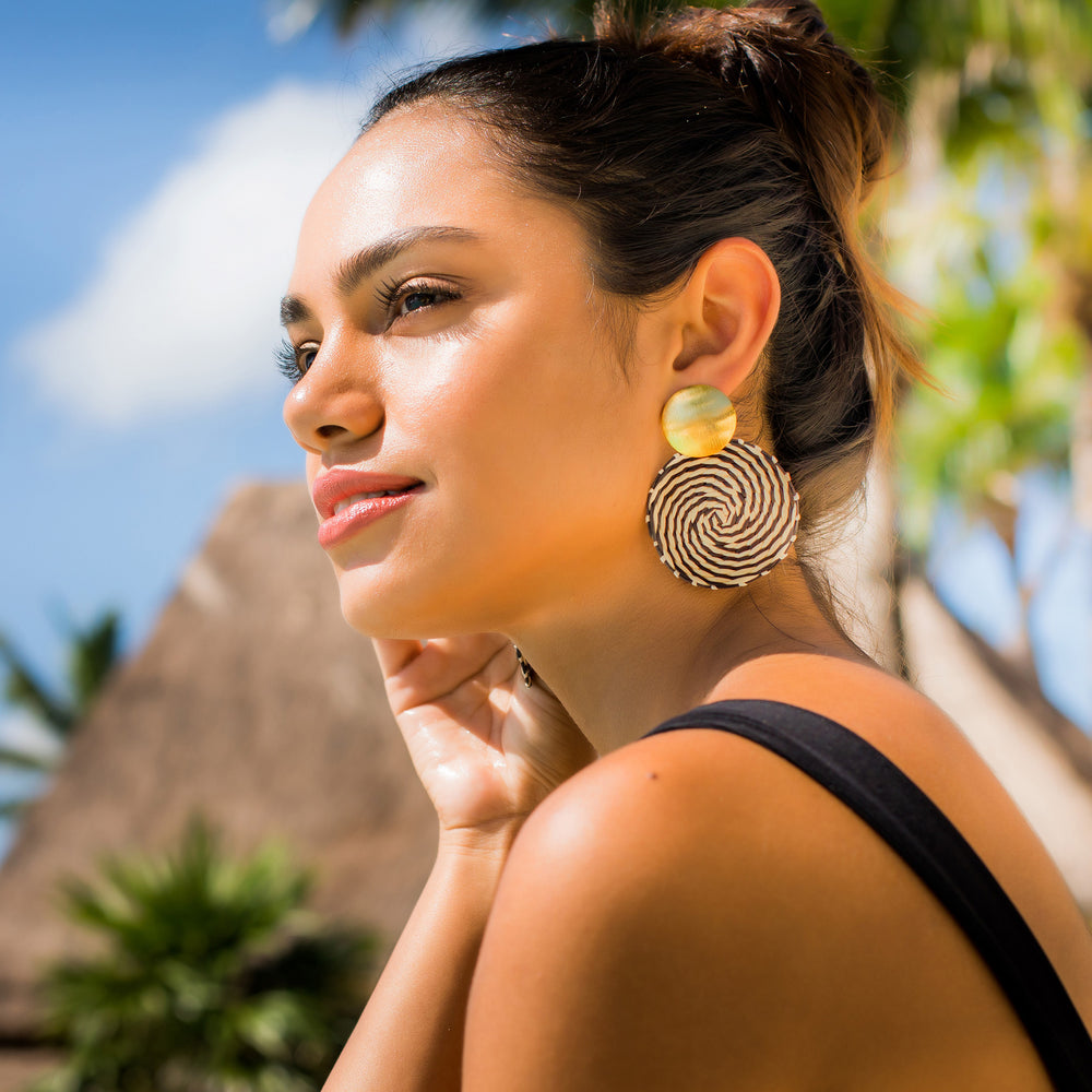 Antonella Earrings Solid