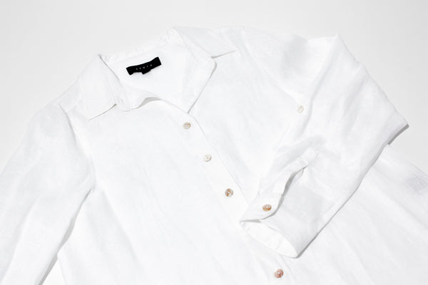 Must Have Item: The White Shirt