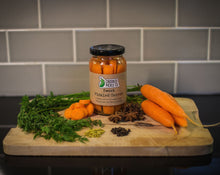 sweet pickled carrot and ingredients