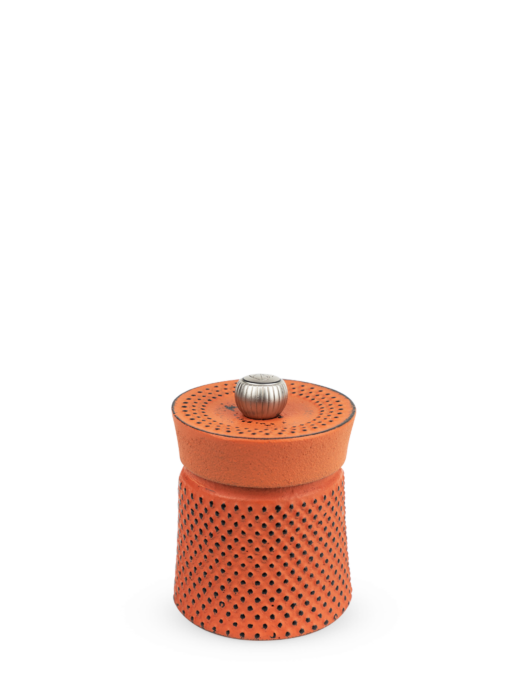 Bali Fonte Manual Pepper Mill in Cast Iron