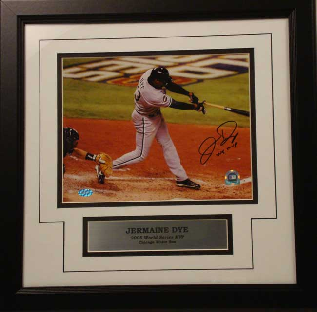 11x14 Autographed Frame - Jermaine Dye Chicago White Sox