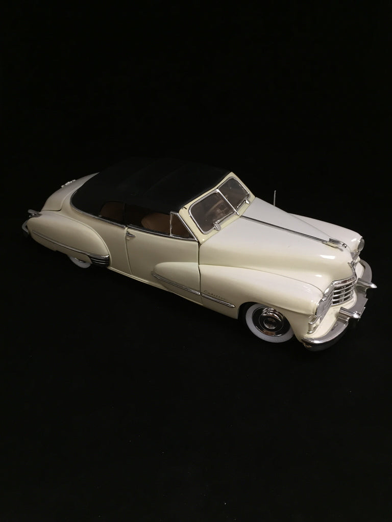 1947 Cadillac Series 62 1:18 Scale Anson Die Cast Car