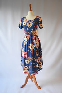 Mabel Floral Print Dress in Navy