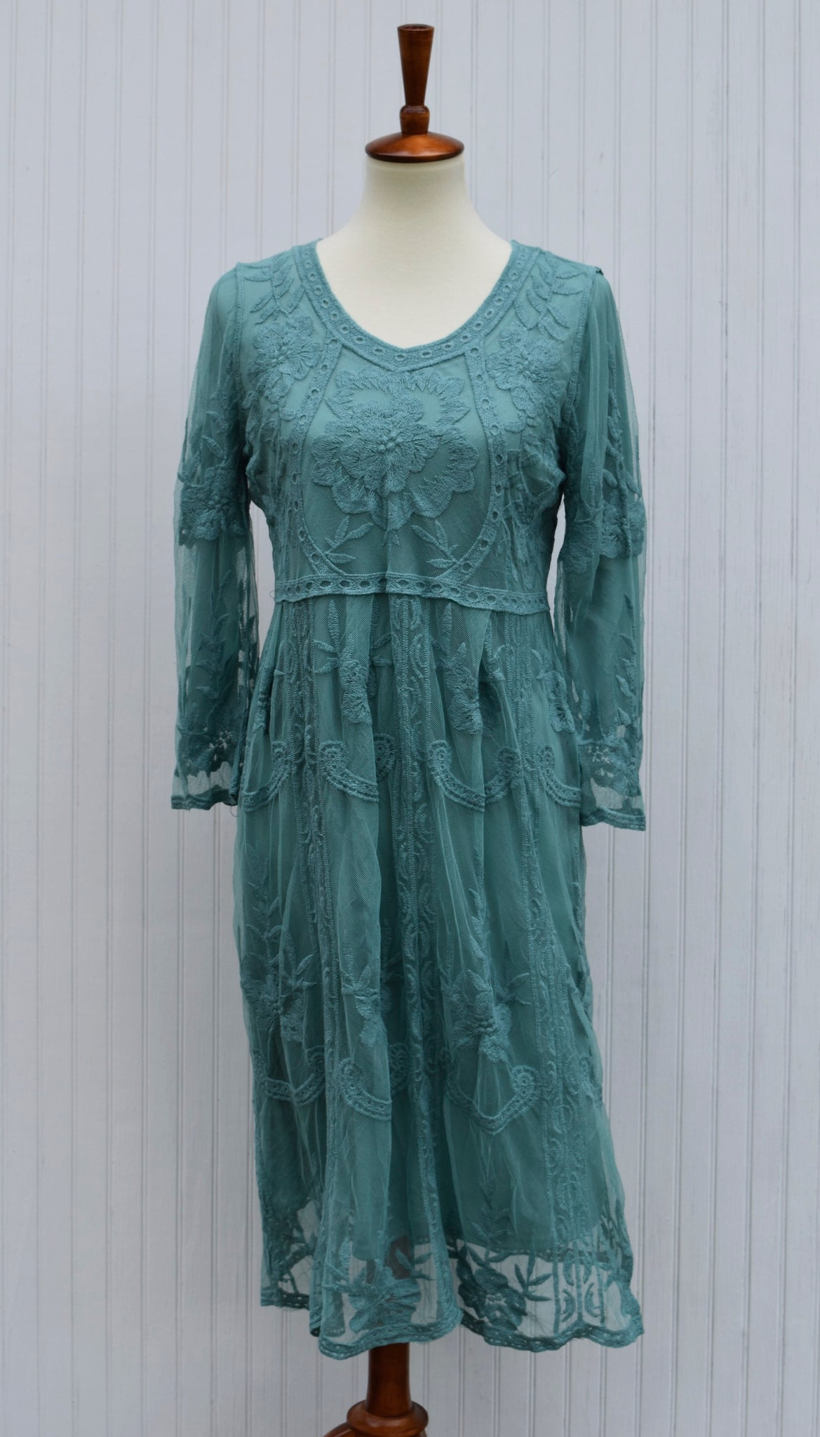 Victoria Lace Dress in Teal