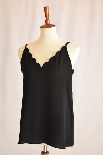 Evelyn Scallop V-neck Cami in Black