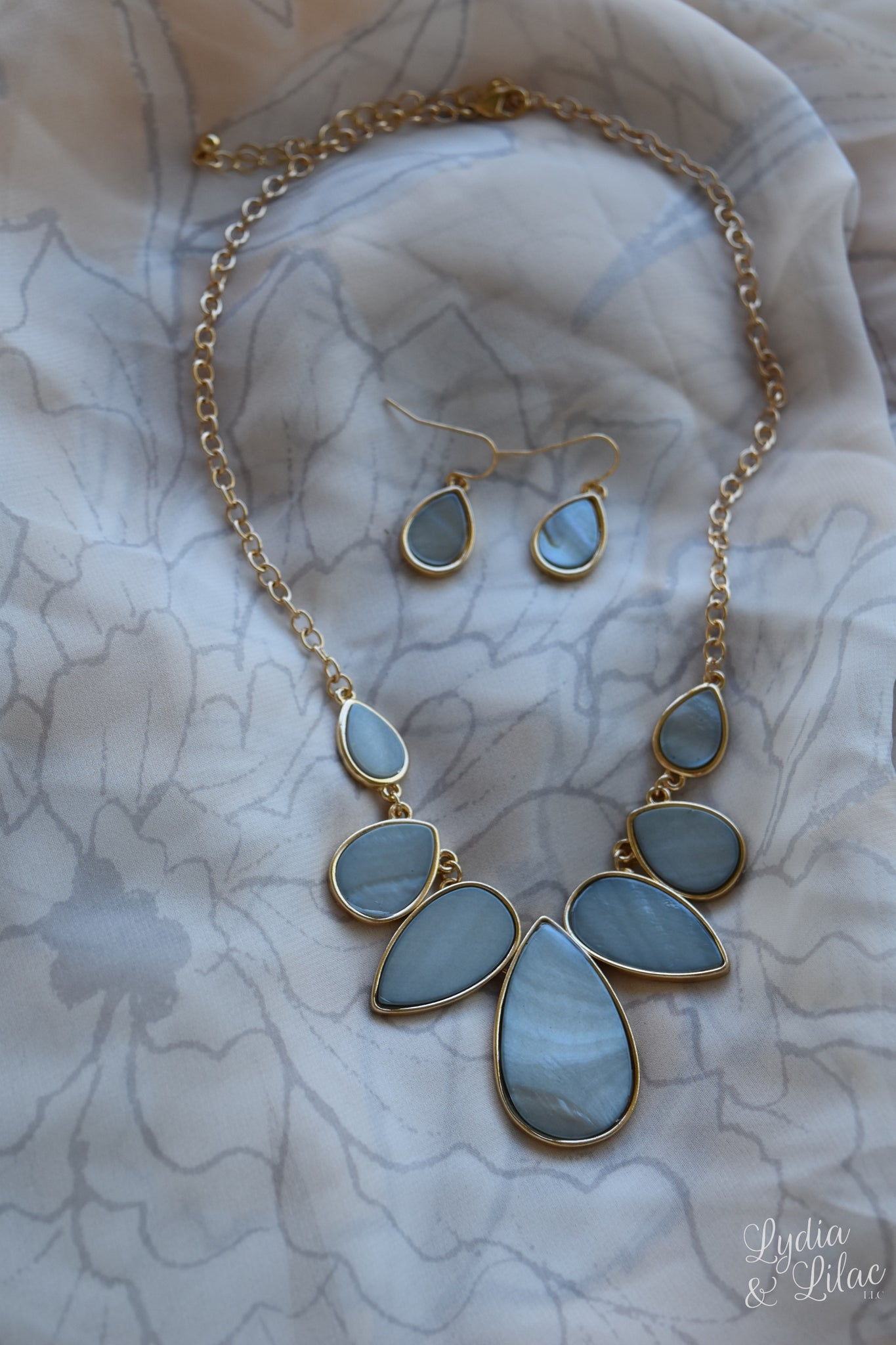 Fiona Tear Drop Statement Necklace and Earring Set in Light Blue