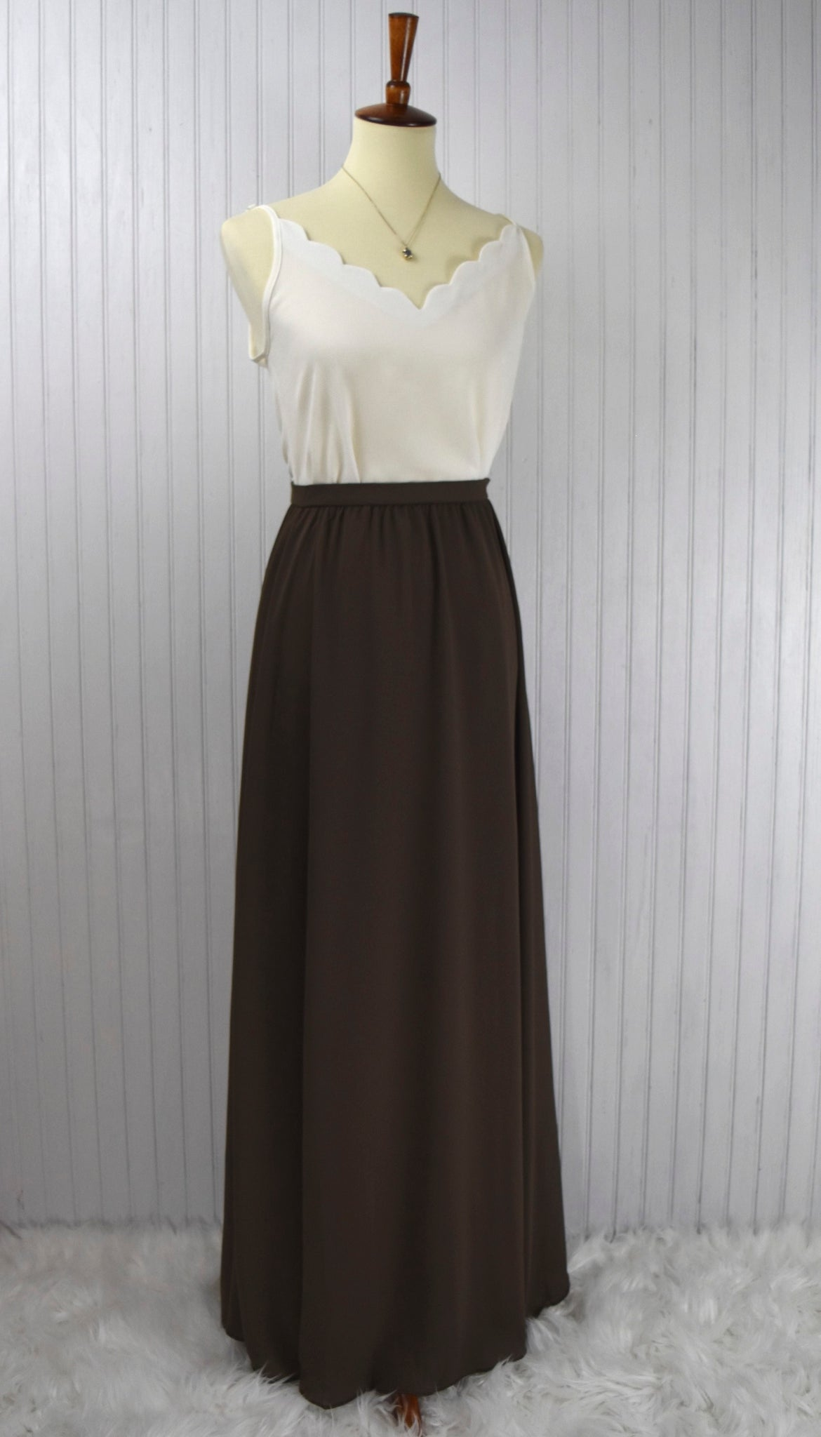 Bella Flowy Maxi Skirt in Moss Green