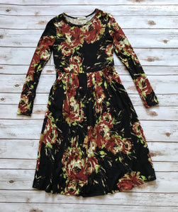 Floral Dress in Black-Medium