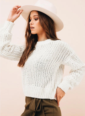 KNIT CREW SWEATER
