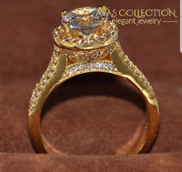 Beautiful Classic Engagement Ring - Avas Collection