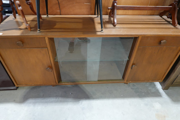 old buffet unit