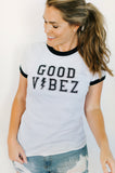 women's jersey tee, white/black, good vibez